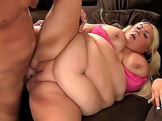 Fatty blonde Trashly Treasures is satisfying her bold bastard in the room