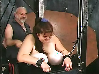 Curvy dungeon girls love the pain