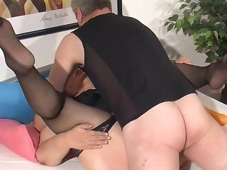 FFM scene with cocksucking Rosi and Gina